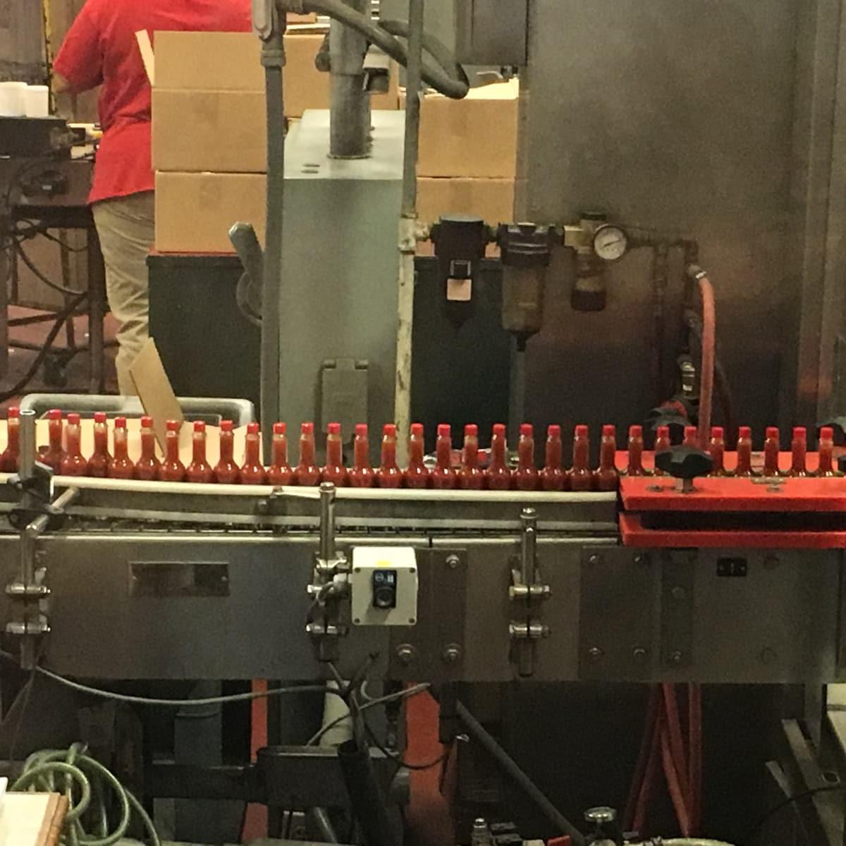 Avery Island: Tabasco bottling