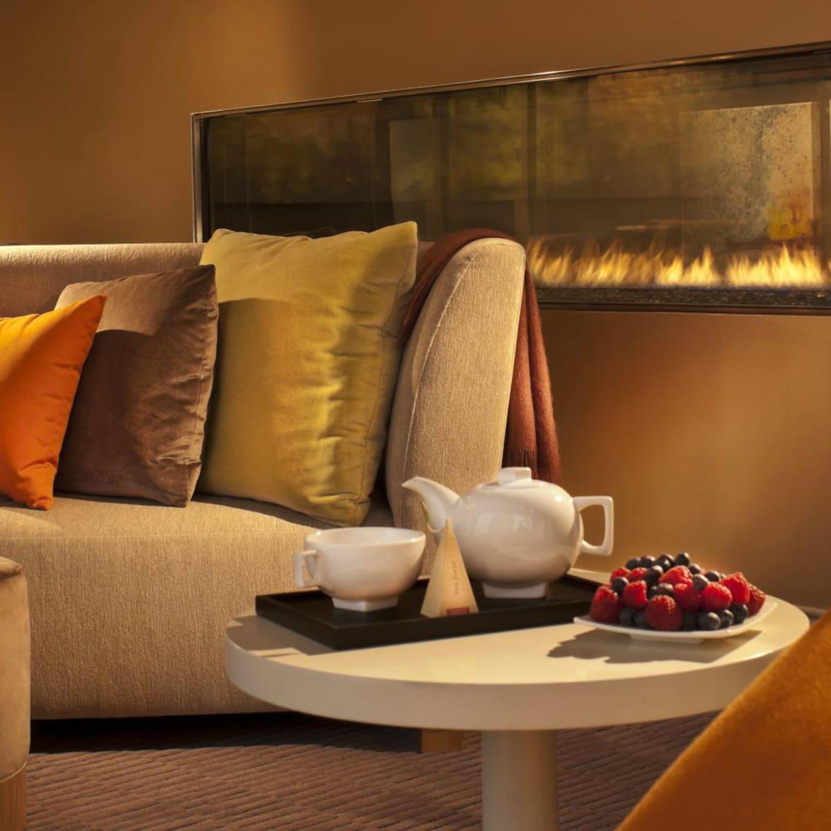 Omni Dallas spa relaxation room