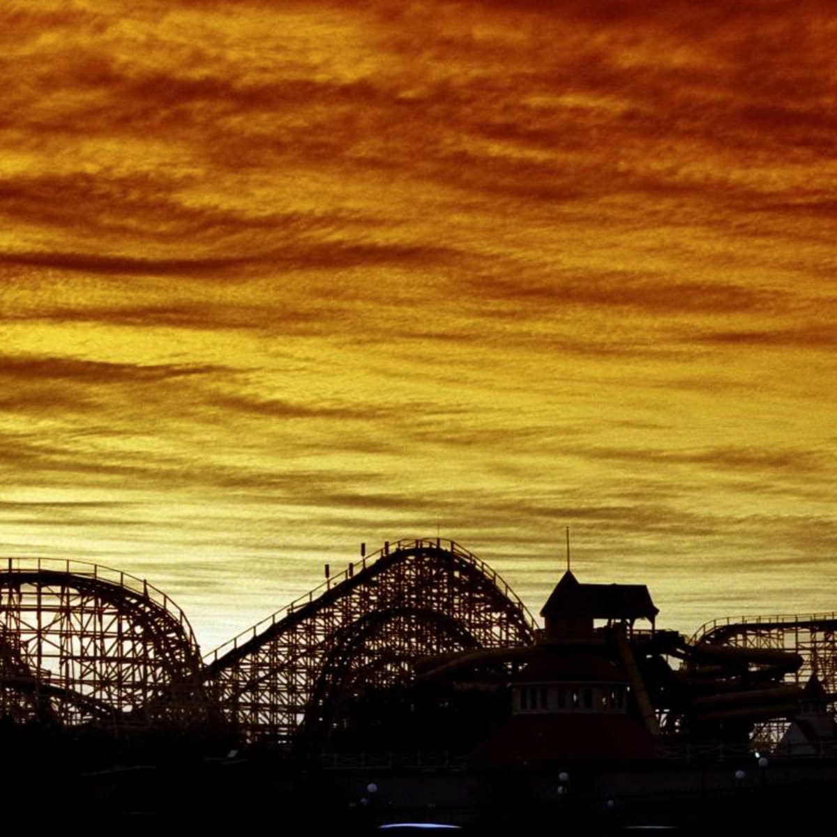 News_Astroworld_sunset