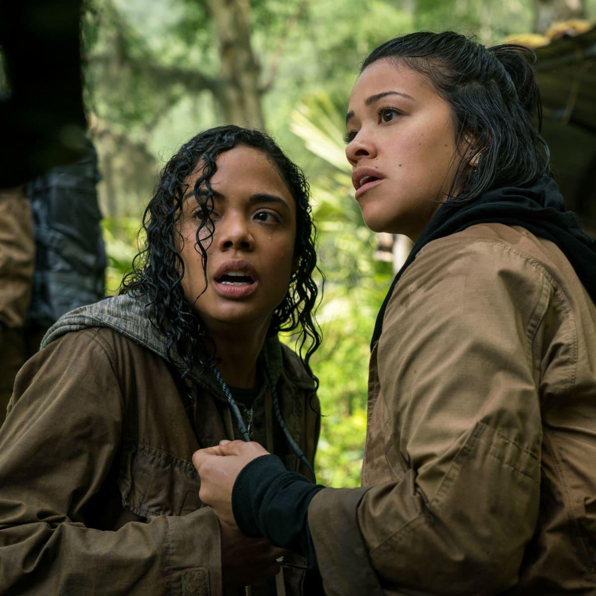 Tessa Thompson and Gina Rodriguez in Annihilation