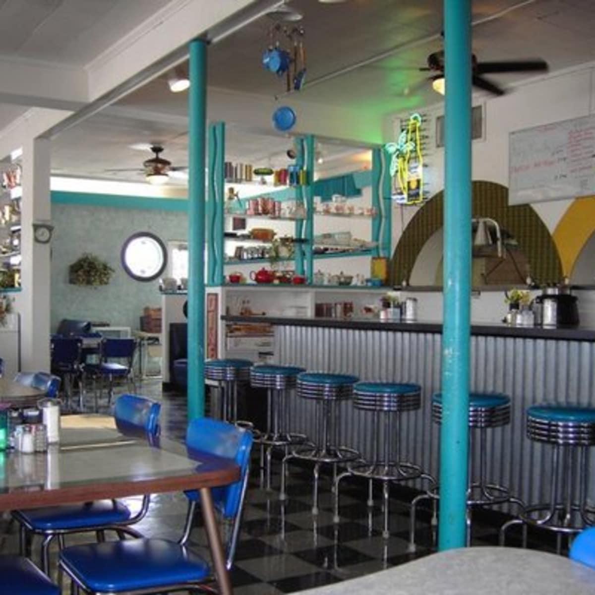 Austin Photo: Places_food_austin diner interior