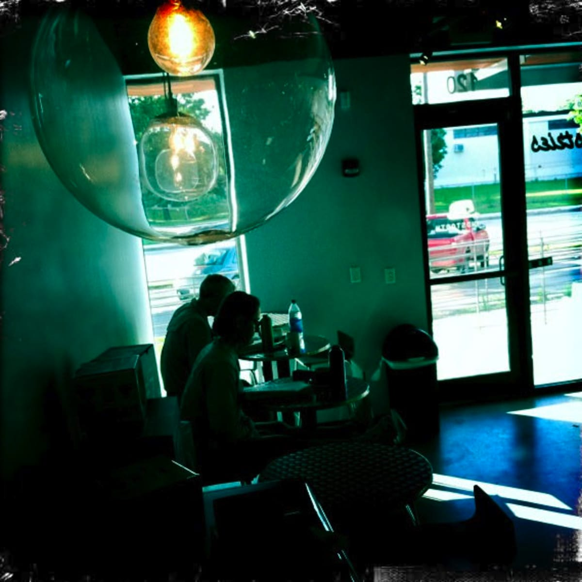 Austin_photo: places_drinks_houndstooth_interior