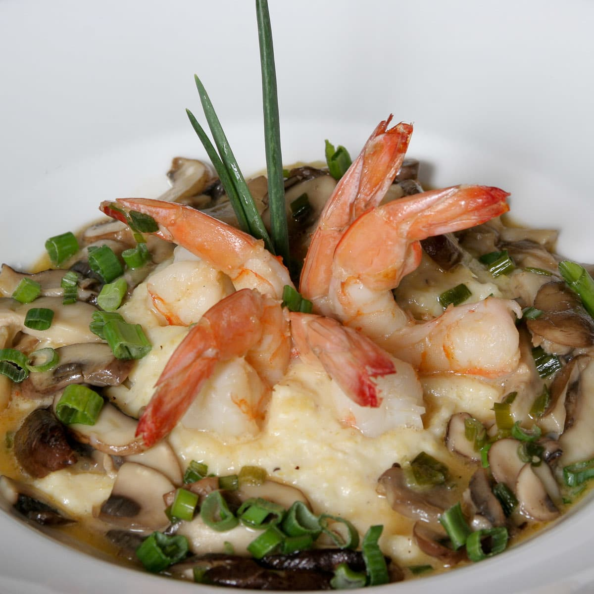 News_Marene Gustin_Ouisie's Table_cheese grits_with shrimp2