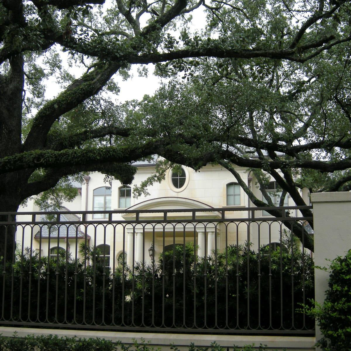 News_Joel Osteen_River Oaks_house