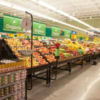 H-E-B supermarket produce section