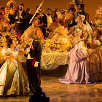 Houston Grand Opera La Traviata, Albina Shagimuratova, Thomas Glass, HGO Chorus