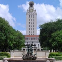Austin_photo: places_outdoors_ut tower_fountain