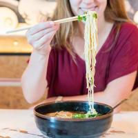 Ramen Tatsu-Ya noodle pull