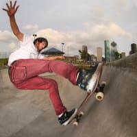 News_Peter Barnes_skating_Lee and Joe Jamal Skatepark_skater_skatehouston.info_THIS