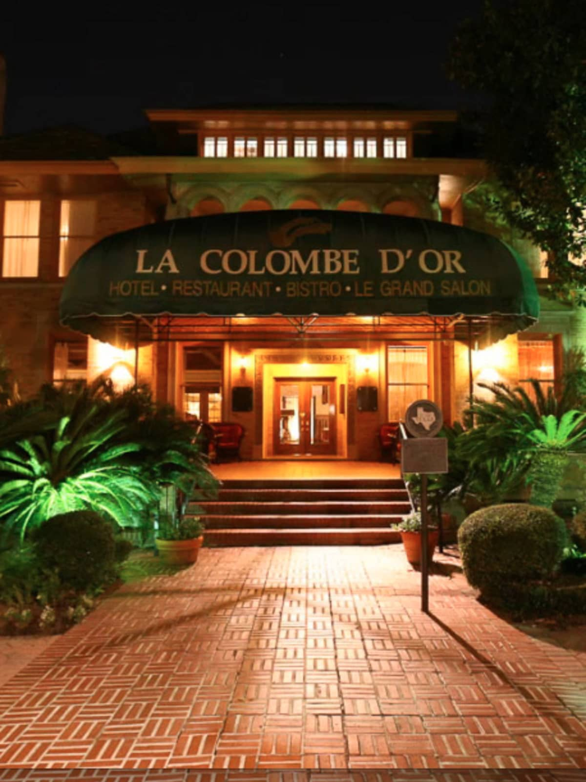 Colombe D'Or Cinq Restaurant