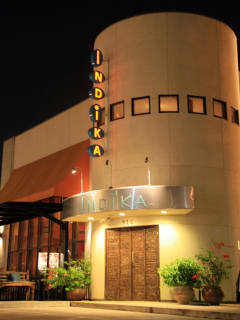 Places-Eat-Indika-exterior-night-1