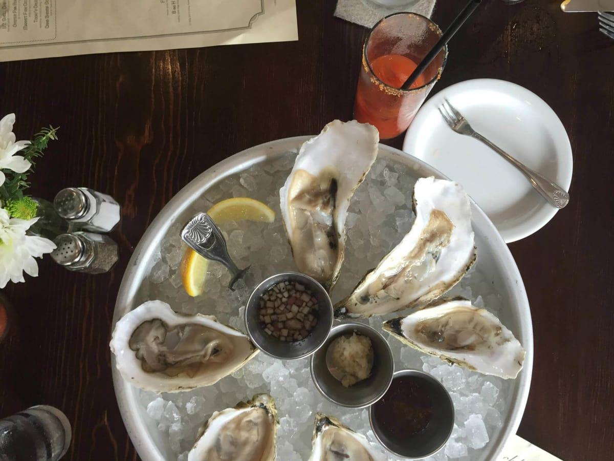 Blackbird and Henry oysters menu wine Austin restaurant