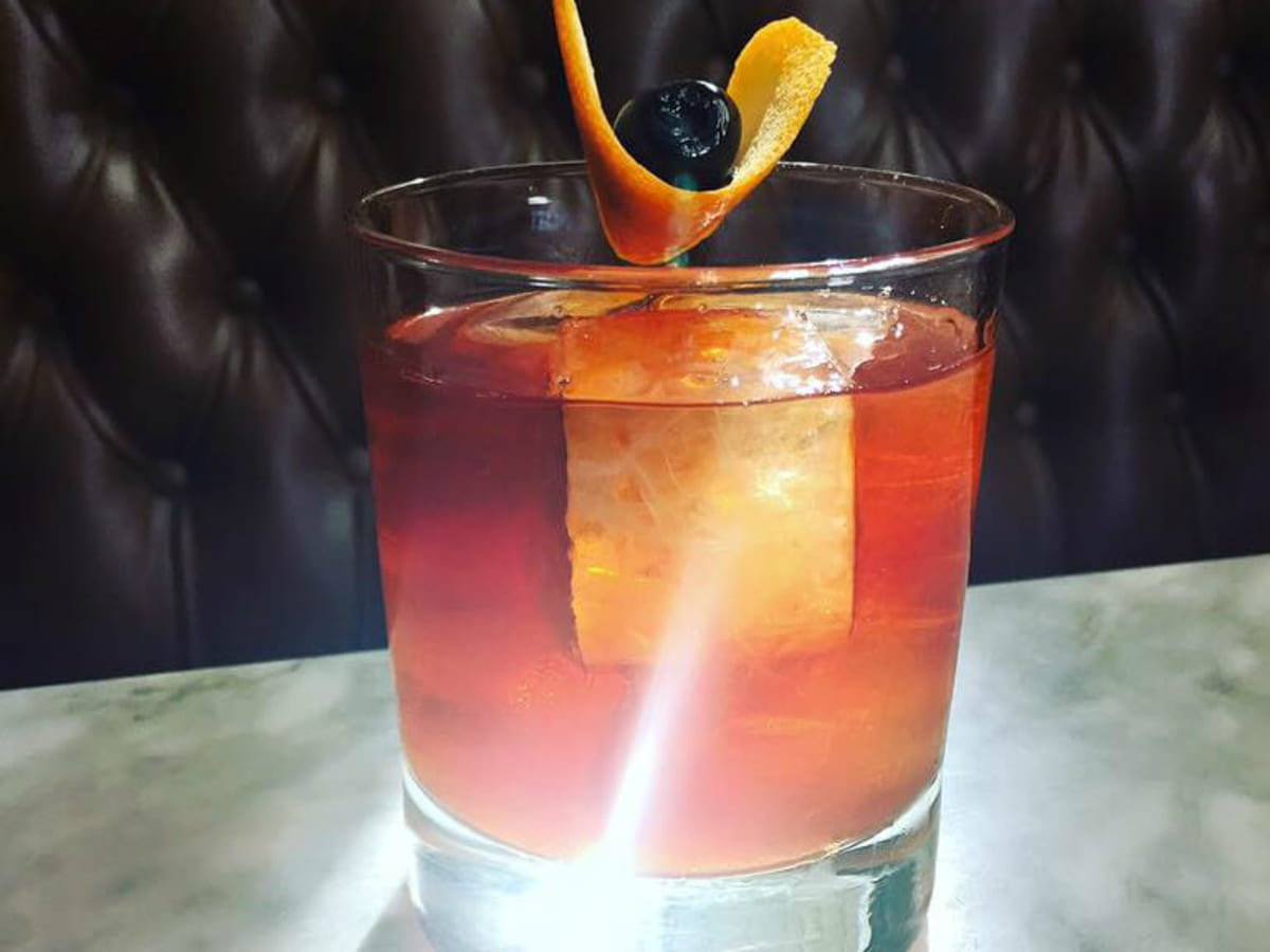East Side Showroom cocktail Old Fashioned