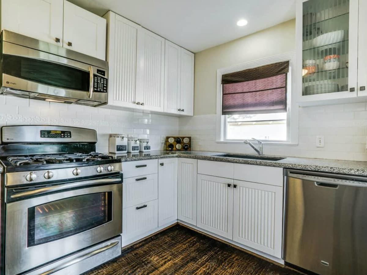 9919 Dresden Drive Kitchen