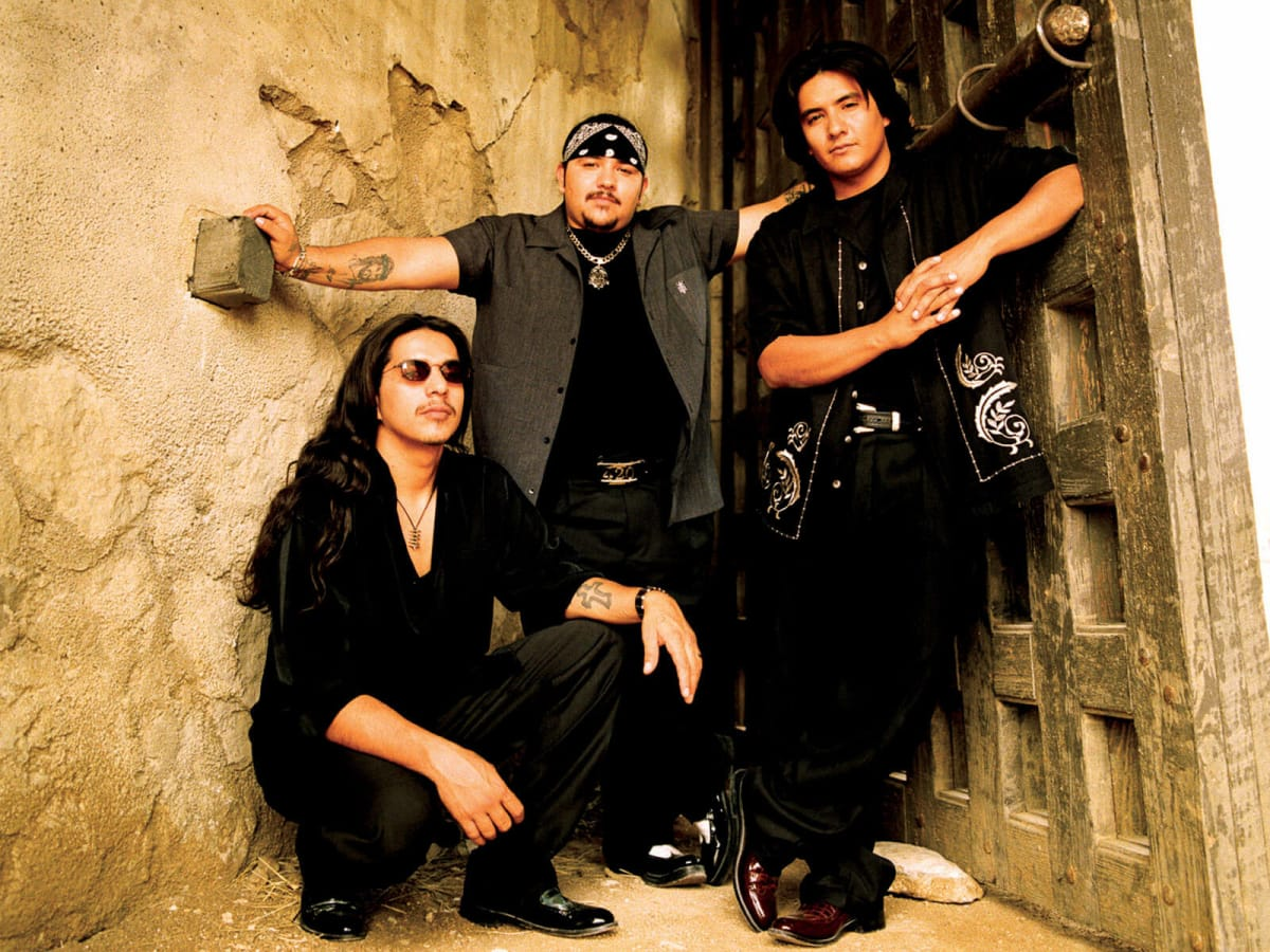 News_Los Lonely Boys_LARGE