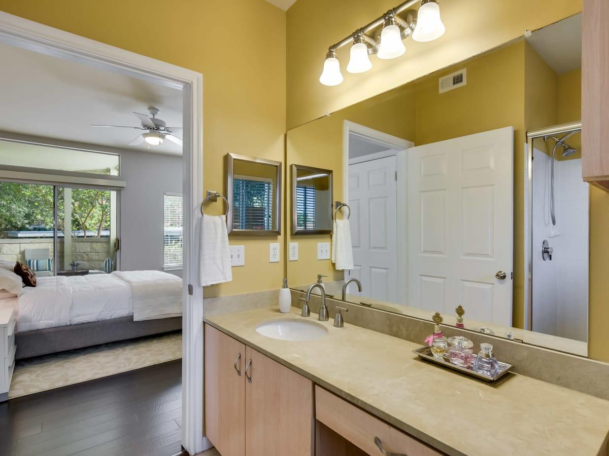 2209 Hancock Austin condo for sale master bedroom
