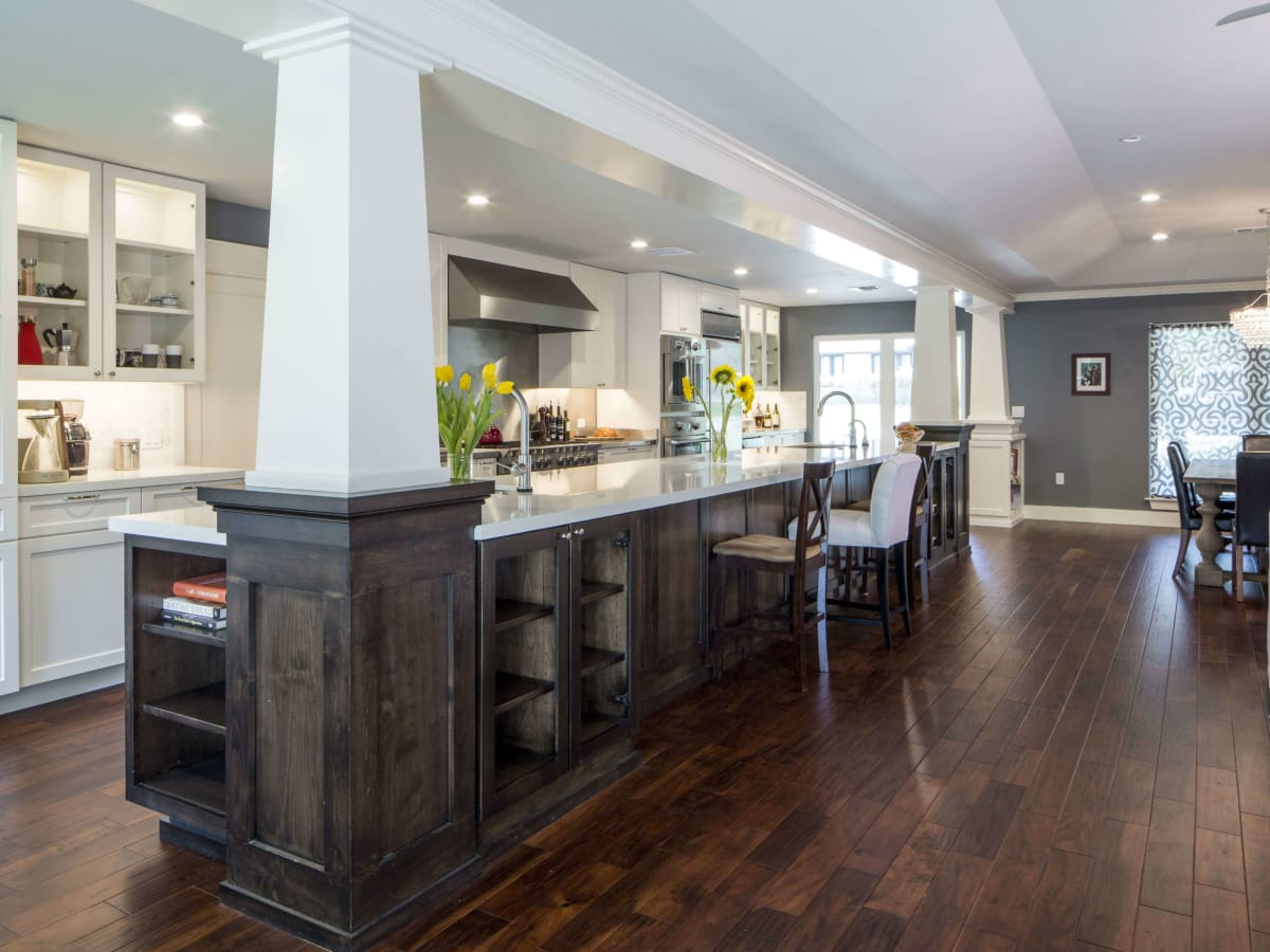 4004 Edgerock Drive kitchen