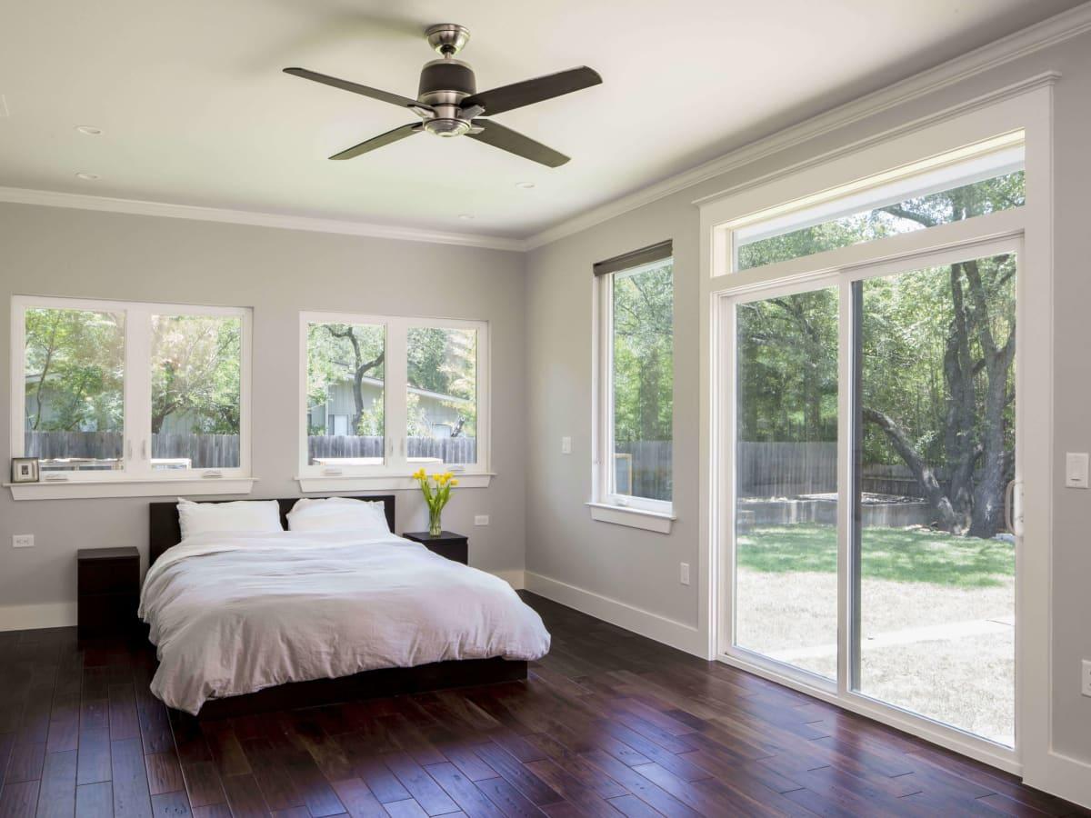 4004 Edgerock Drive bedroom