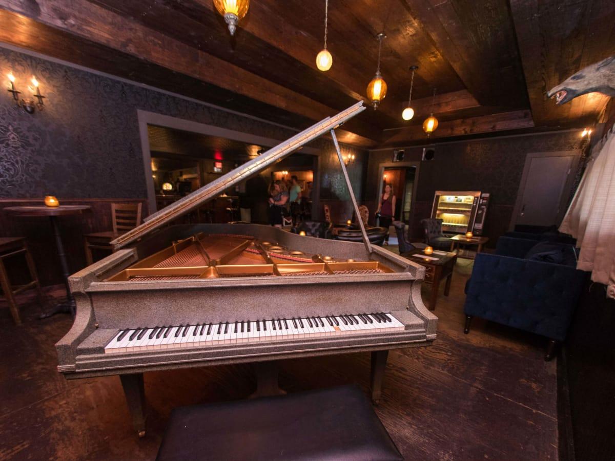 The Scoot Inn venue bar East Austin renovations 2016 piano Ivy's Room