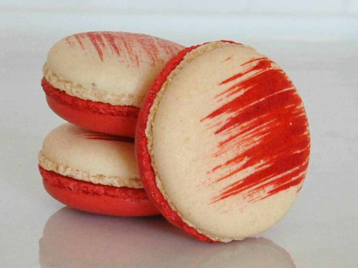 Bisous Bisous Patisserie macarons