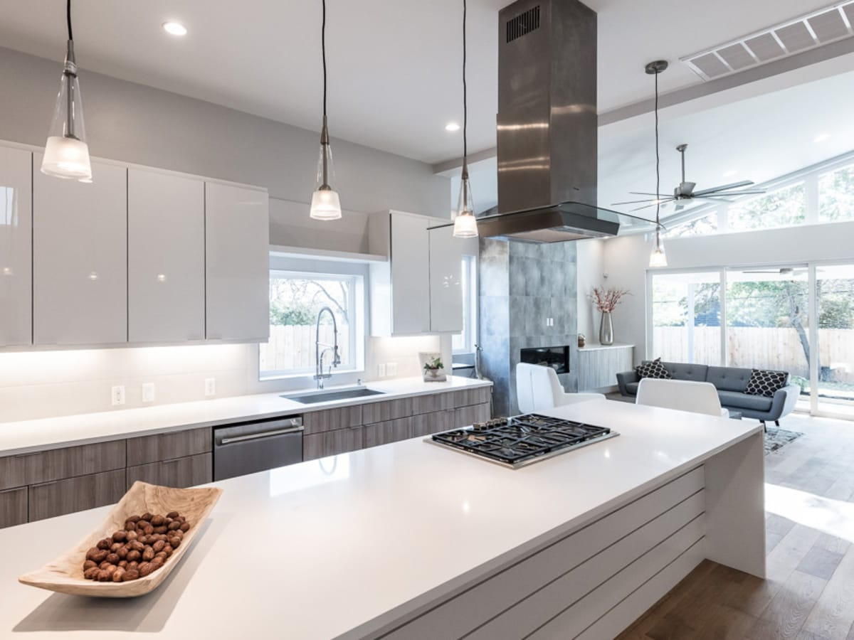 Austin Modern Home Tour 2017 2207 Townes Lane Tarrytown house Winn Wittman Architecture