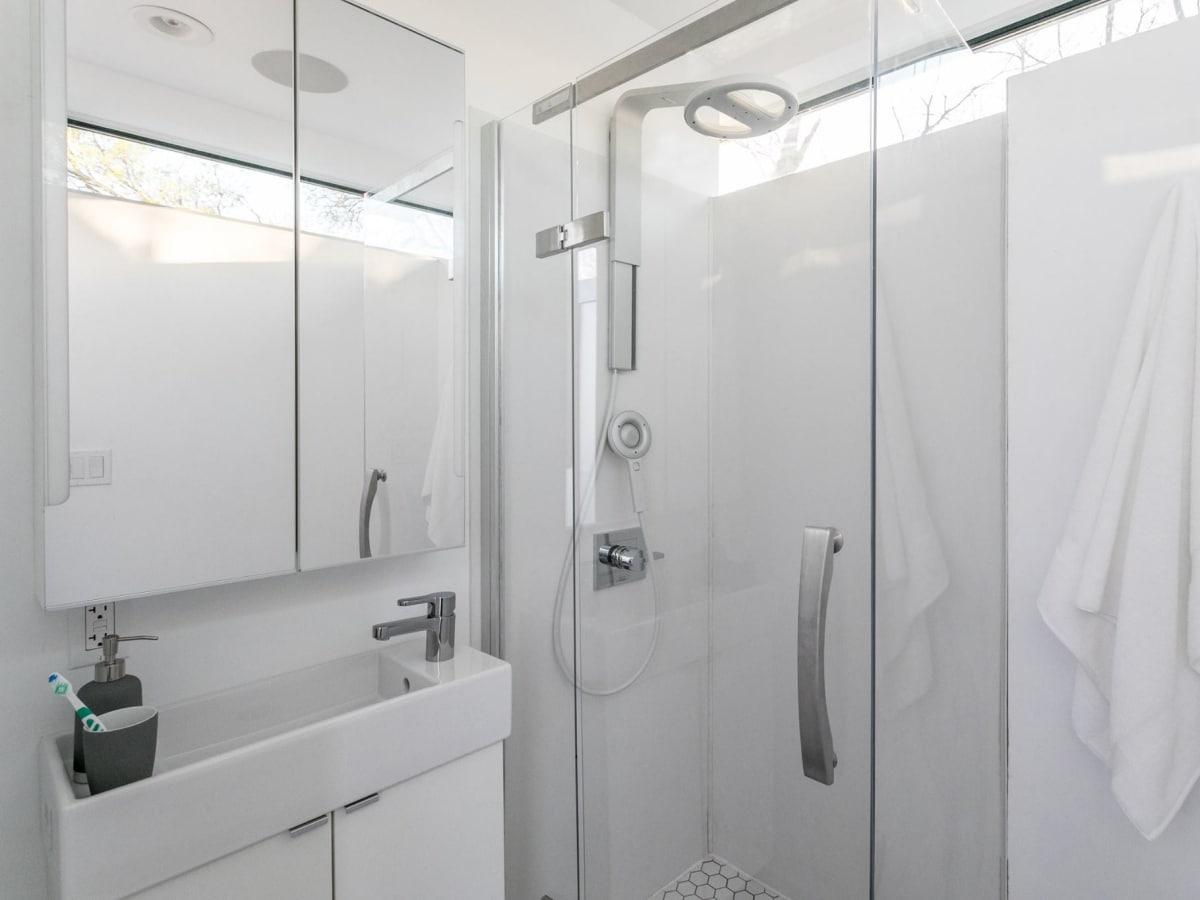 Kasita home bathroom