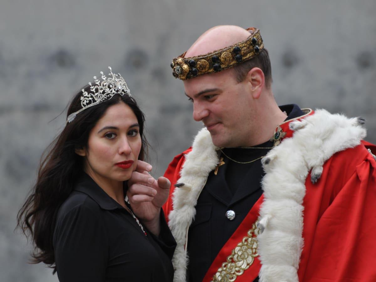 Shakespeare Dallas presents <i>Richard III
