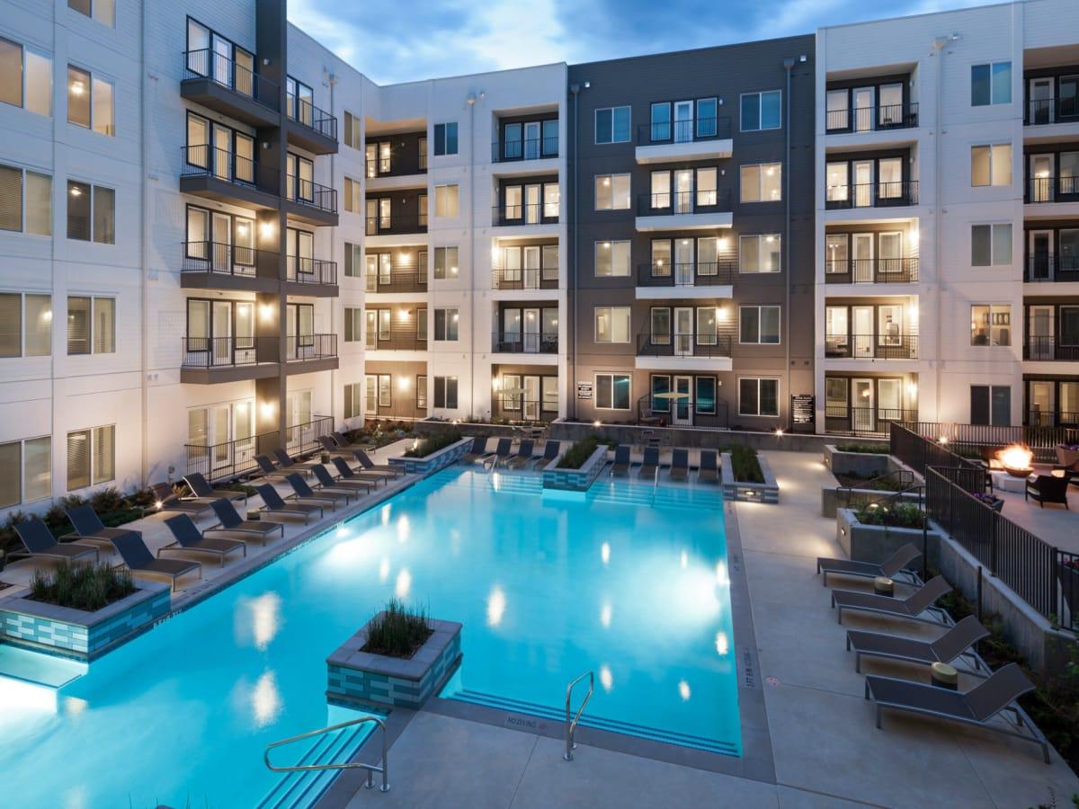 Alexan Central apartments Richardson