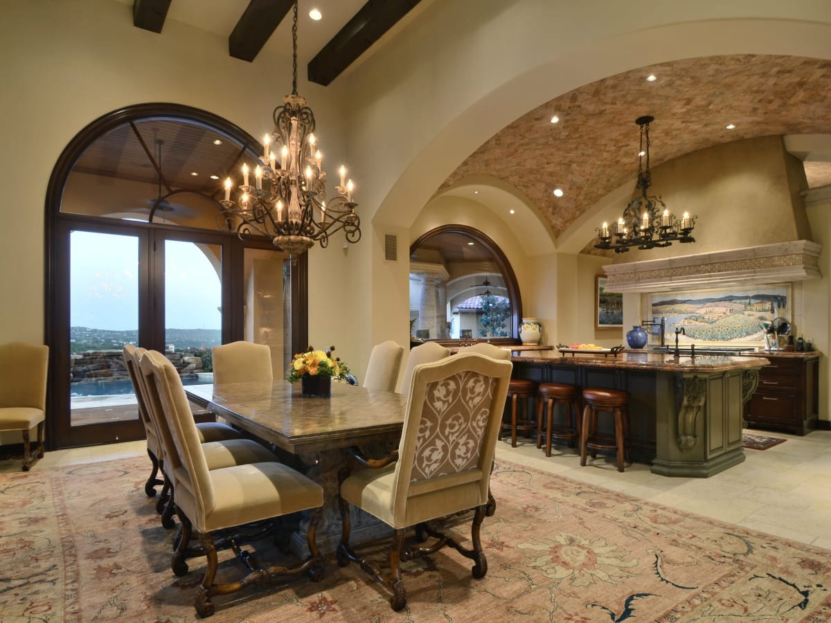 7900 Escala Austin house for sale dining room