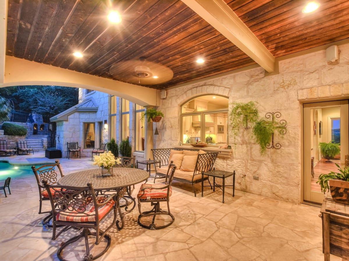 3001 Pescadero Austin house for sale patio