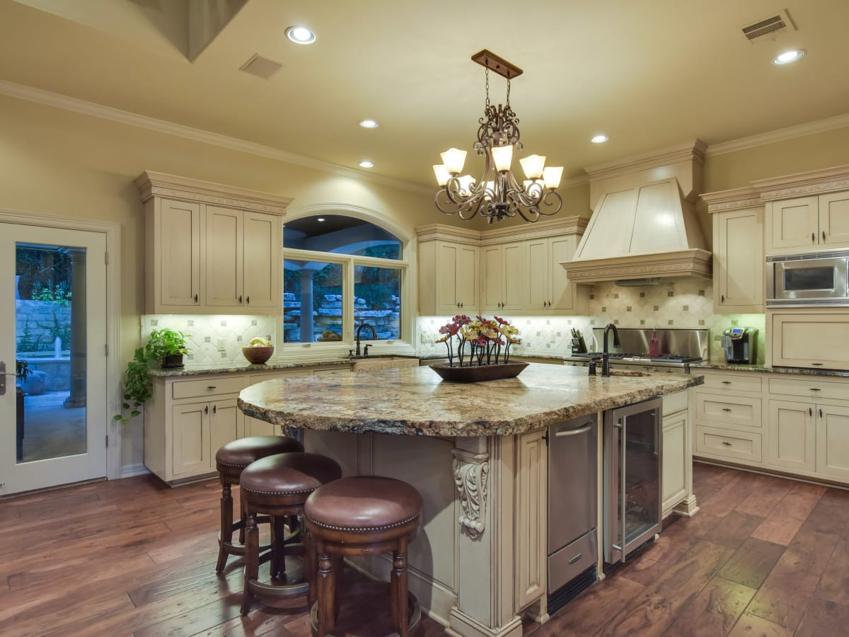 3001 Pescadero Austin house for sale kitchen