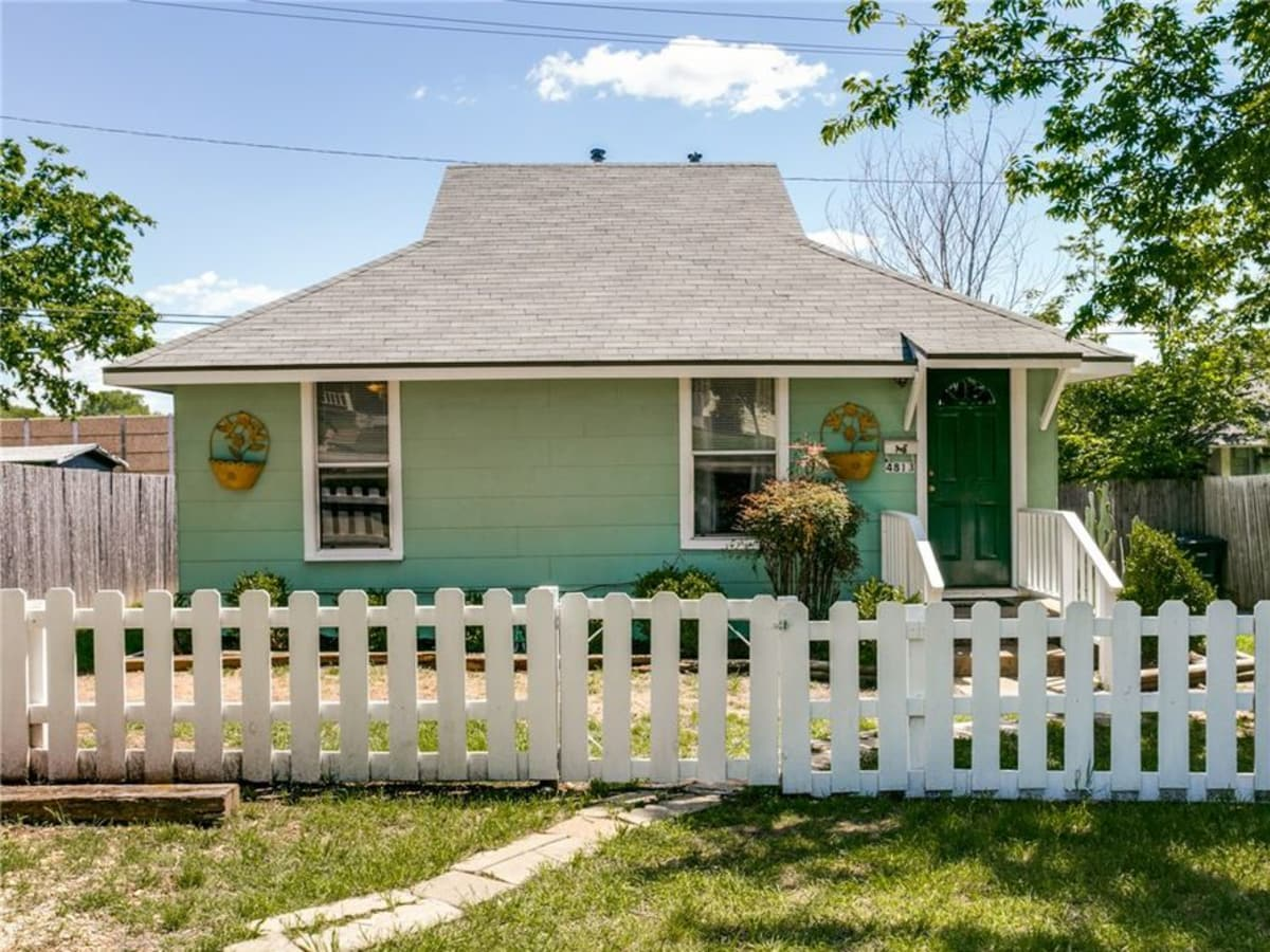 4813 Calmont Ave., Fort Worth