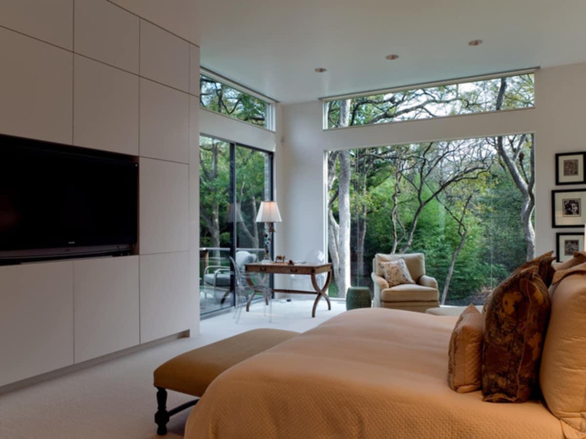 Oglesby bedroom