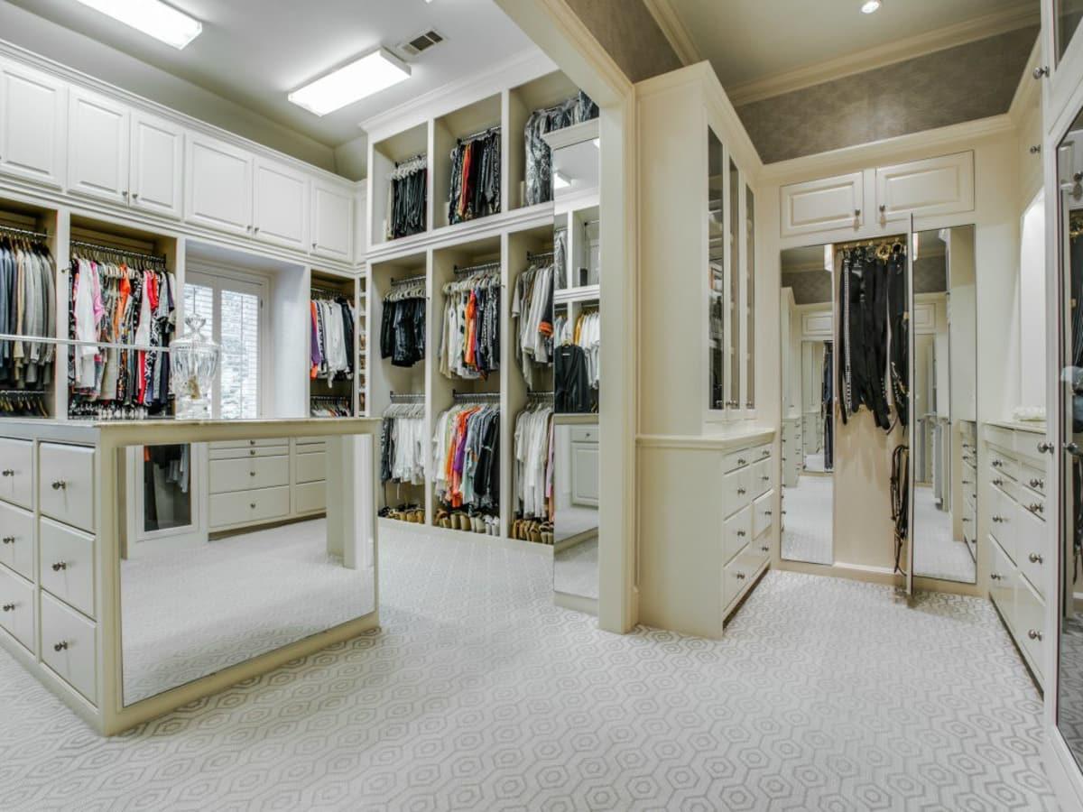 3900 Miramar Ave, Master Bedroom Closet