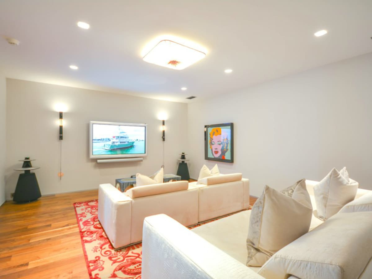 Austin house home Acqua Villa Winn Wittman Lake Travis 14515 Ridgetop Terrace 78732 theater