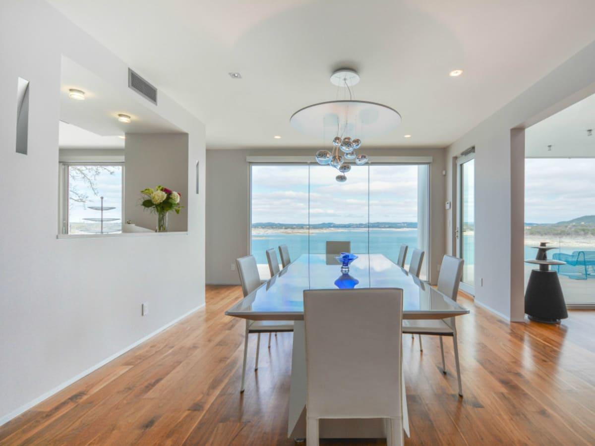 Austin house home Acqua Villa Winn Wittman Lake Travis 14515 Ridgetop Terrace 78732 dining