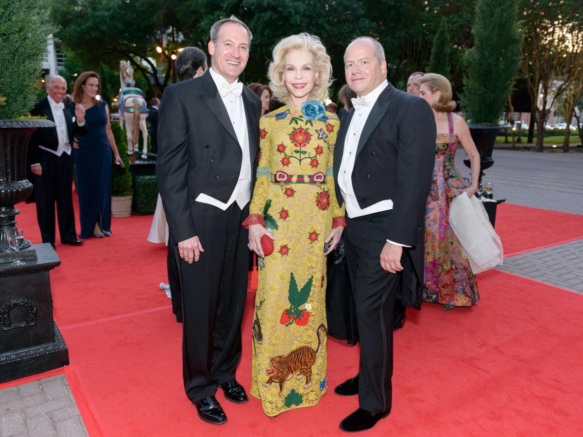Houston Grand Opera Ball, April 2016 Beau Miller, Lynn Wyatt, Patrick Summers,