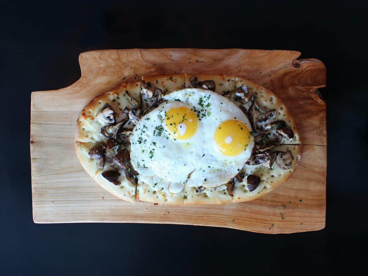 St Genevieve Austin bar Rock Rose March 2016 pizza egg mushroom