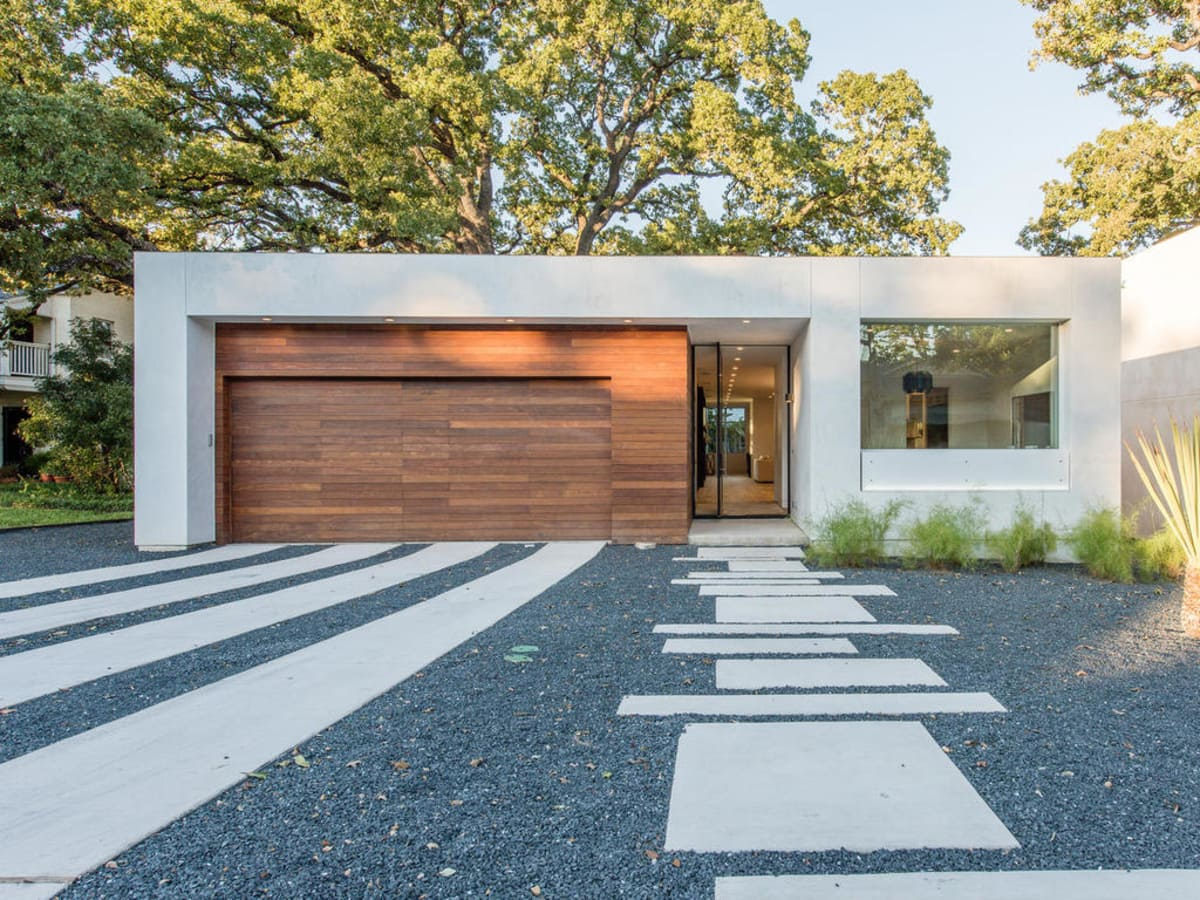 2016 Austin Modern Home Tour house 2708 Townes Lane Bercy Chen Studio front
