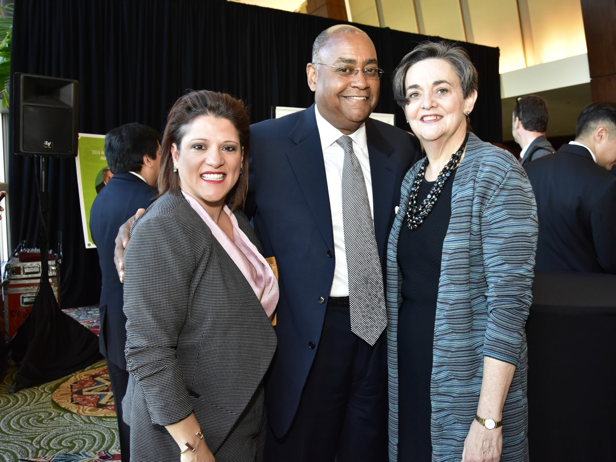 Neighborhood Centers luncheon, Feb. 2016, Claudia Vasquez, Rodney Ellis, Gwen Emmett