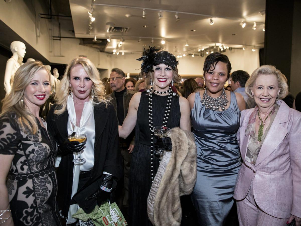 Holly Quartaro, Heidi Dillon, Dawn Mellon, Latoya Jones, Yvonne Crum