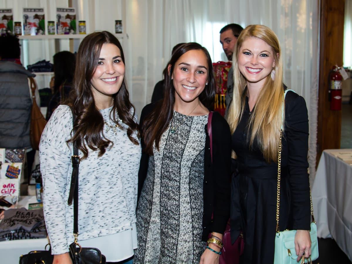Emily Boaz, Victoria Waggoner, Hillary Barwick