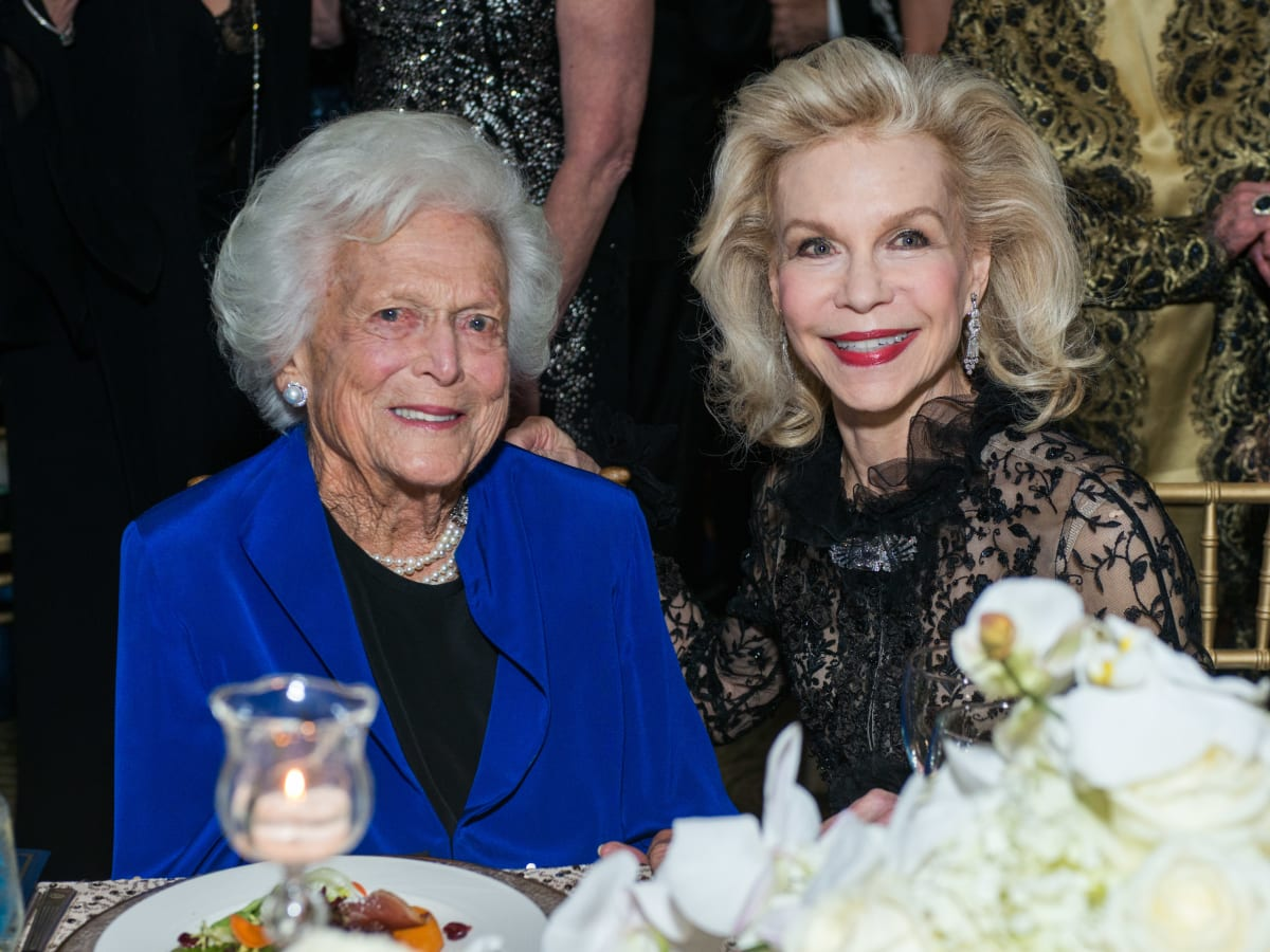News, Shelby, UNICEF gala, Nov. 2015, Barbara Bush, Lynn Wyatt