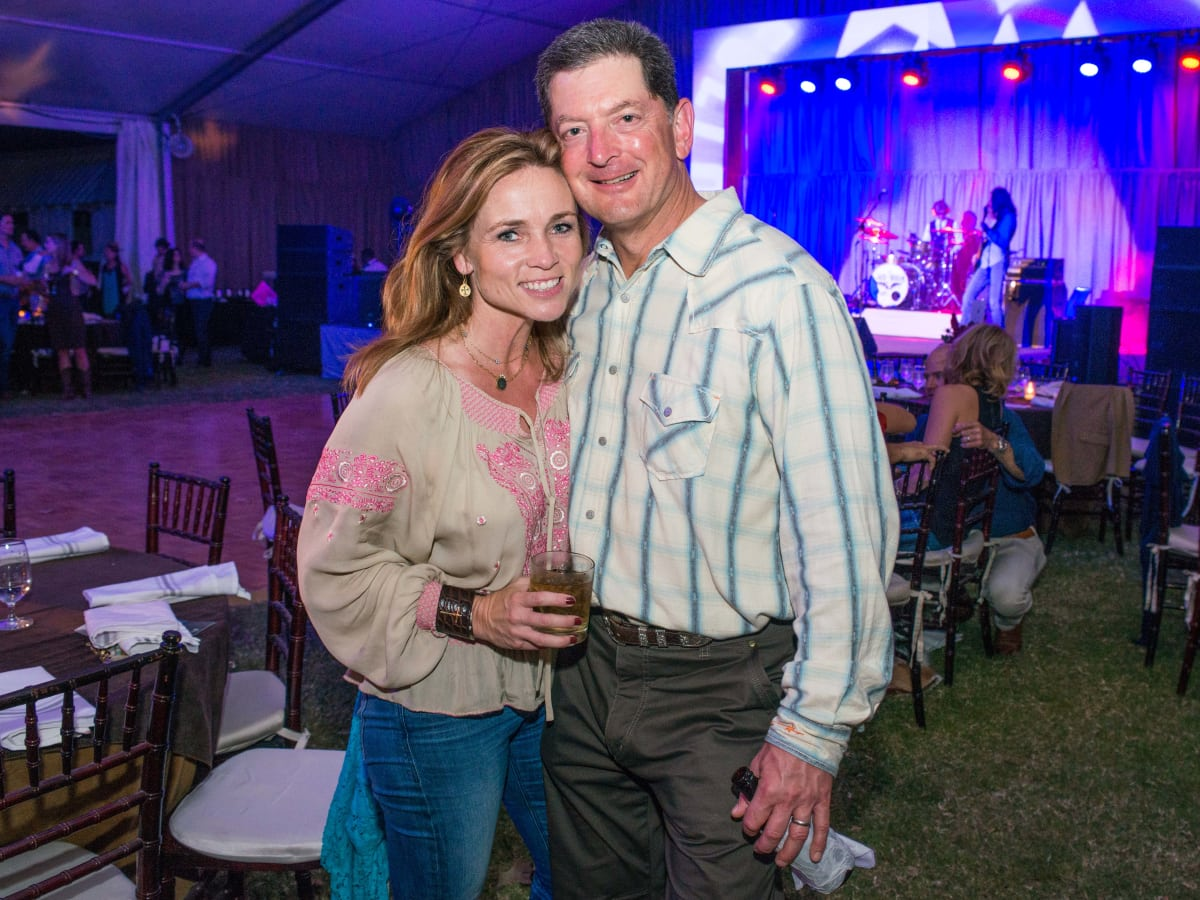 News, Shelby, Nature Conservancy gala, Oct. 2015, Aimee Snoots, Wynne Snoots