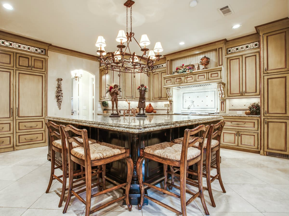 5009 Spanish Oaks home for sale in Frisco