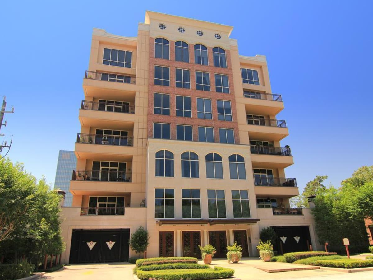 News, Shelby, Condos for under $500,000 July 2015, 511 S. Post Oak Lane, Unite 3C