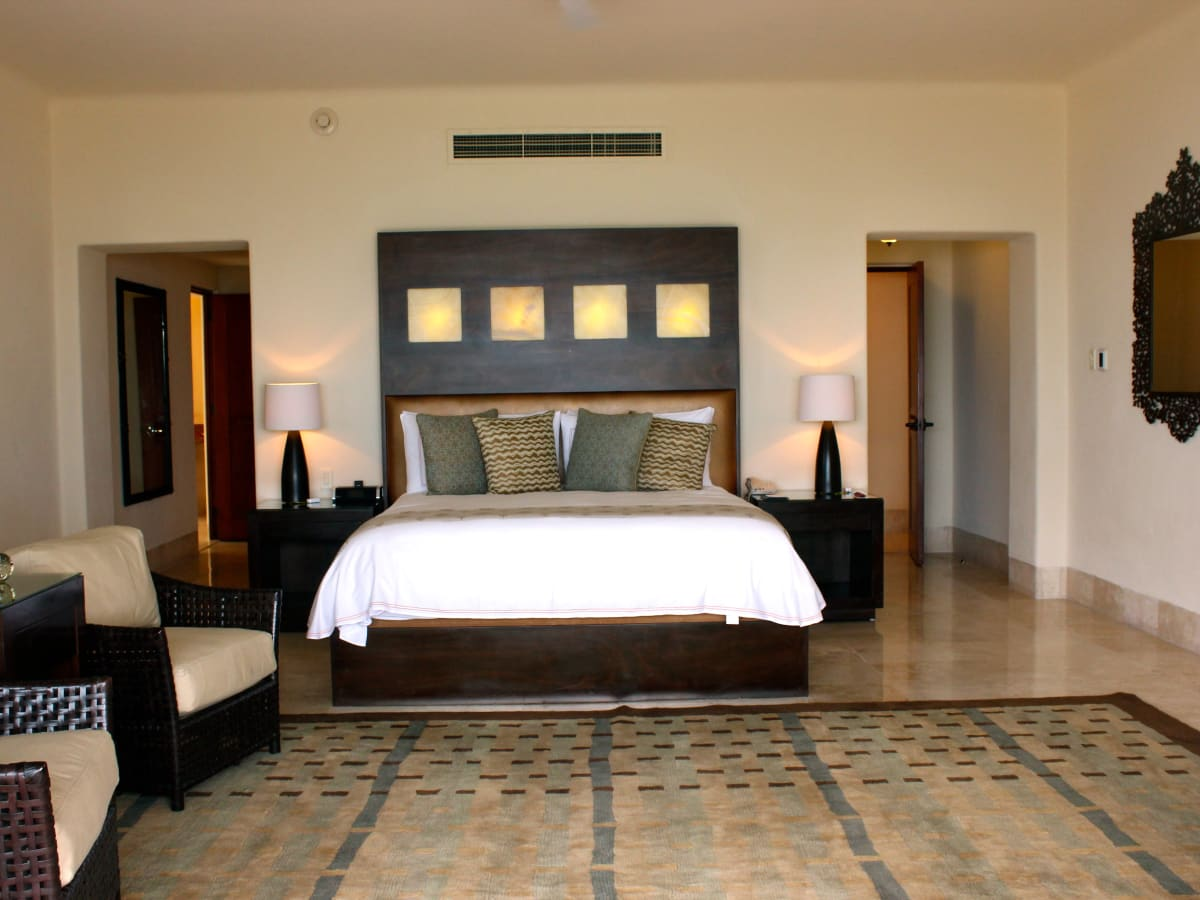 Houston, Four Seasons Resort Punta Mita suite, June 2015