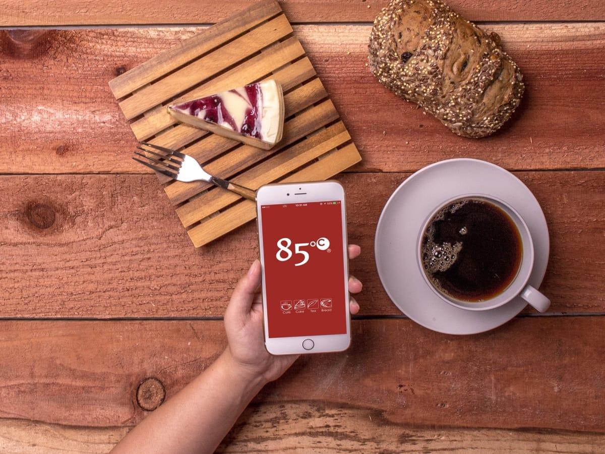 85C Bakery Cafe iPhone photo