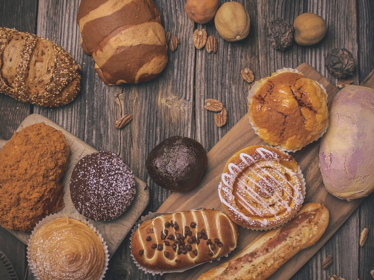 85C Bakery Cafe bread assortment