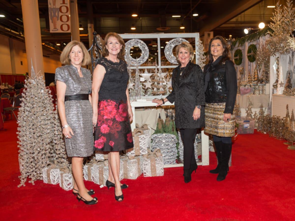 Nutracker Market Preview Party, Caroline Fant, Jane Jones, Cheri Fama, Regina Garcia